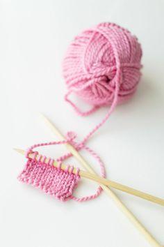 color, pink yarn