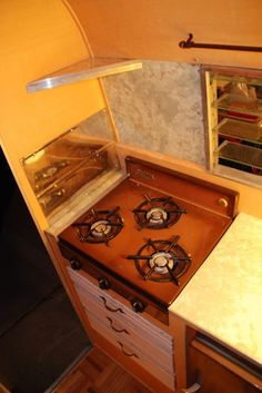 Nice Lil Loafer interior with the 3 burner princess stove.