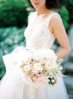 Blush wedding bouquet perfection by Div Art Flowers photography by peachesandmint.com