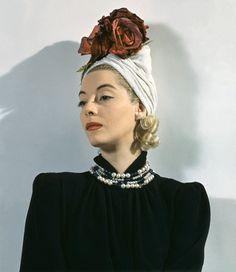 1941. 1940's fashion #judithm #millinery #hats #turbans