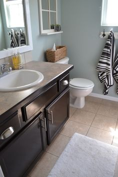 Guest Bathroom Makeover using @generalfinishes Java Gel Stain