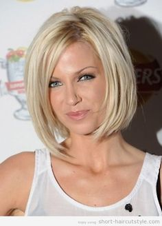 Medium Length Bob Hairstyles for Round Faces