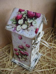Декупаж коробки для чая цветами клевера