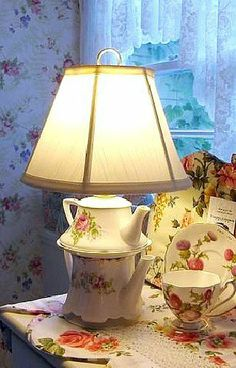 DIY Teapot Lamp ~ Thistledown Cozies #diy #craft #tutorial