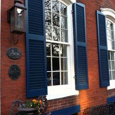 Redish Brick blue paint on Pinterest   Exterior Paint Colors, Navy ...