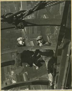 Construction workers on the Empire State Building, 1931