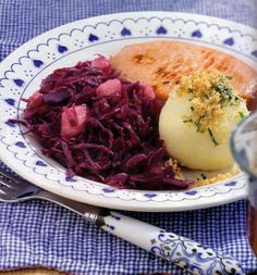 red cabbage with pears   german food   german recipes