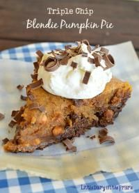Triple Chip Blondie Pumpkin Pie is the perfect blend of butterscotch, chocolate and pumpkin. You have to try this!
