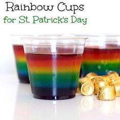 Super fun dessert ~ Jello Rainbow Cups and you can serve gold foiled candies too!  Spoonful.com #Dessert #StPattys