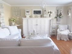 Look at the  beauty and comfort of this family gathering room! I love the way Kris has decorated her entire home! Check out her blog for a home tour you'll adore! From Junk Chic Cottage
