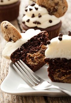 cookie/brownie cupcake!