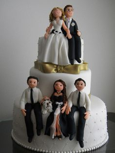 Bolo de Aniversário e Casamento by A de Açúcar Bolos Artísticos, via Flickr