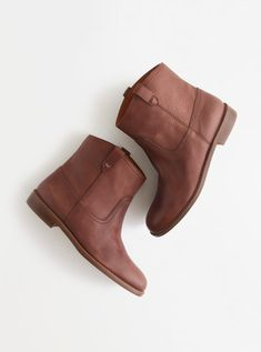 Madewell Pull-on boot.