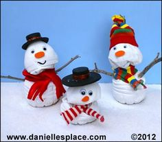 Snowman Made from a twisted water Bottle Craft from www.daniellesplace.com