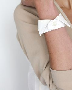 Old wing collars resurrected as bracelets. Pricey, at €30, but so cute!