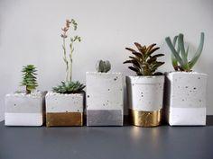 Glamorous Gold and Silver Leaf Planters Gardenista  Macetas!!!!