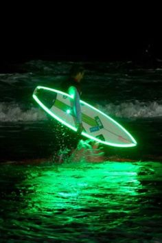 for night session!!!!!!! :-O cool surfboards, silver surfer, night surf, wave, nightsurf, night time, shark, light, wicked