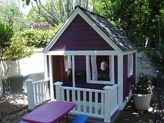 Playhouse makeover!!