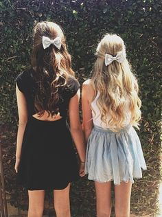bows and curls <3