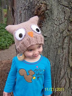 """Mama Hen Jenn: The Knitted Owl Hat Pattern! Says to make it 7"""" tall for little owls and 9"""" tall for bigger ones. Cast on 64 stitches -"""