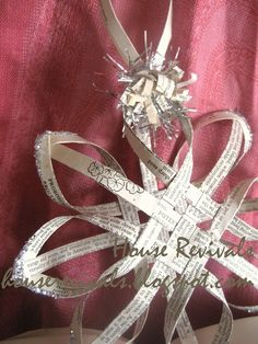 House Revivals: Make a Woven Star from Vintage Book Pages, Tutorial Part One