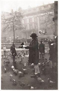 Trafalgar Square, London, 1920`s