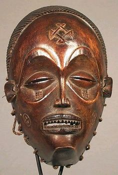 Tchokwe African Mask - If you pay attention to the elements used in the Star Wars series, you will see elements of cultures from all over the world. This mask had to be inspiration for C3PO.