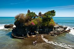 beaches, dream, beach houses, holiday destinations, front yards, islands, bali indonesia, tanah lot, place