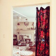 dottie angel: 'an atelier of sorts'... It's a Russian scarf curtain!