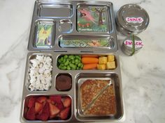 Planet Box lunch box with grilled cheese on Udi's bread with fruit/veg/cheese  #gluten free #kids