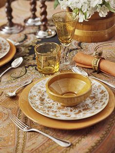 Don't be afraid of mixing patterns and colors to create a warm and welcoming fall table: http://www.bhg.com/christmas/indoor-decorating/ways-to-use-good-china/?socsrc=bhgpin110213colorfultabletop&page=6