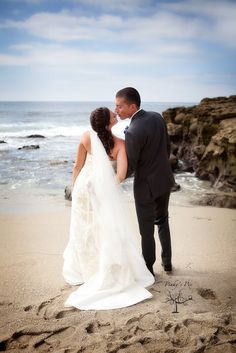 Rare bride rolls with wedding photo mishap   fox8.com