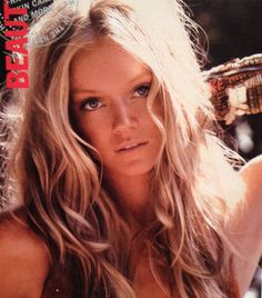 Love! 70's tan makeup with blonde highlights