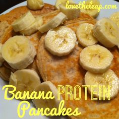Banana Protein Pancakes 1/3 cup oats 1 scoop protein powder 1/4 tsp ...