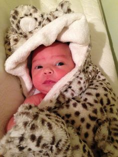 Macks' latest and third grand child, Eden Hope, is staying wrapped up in a warm blanket today! GalleryFurniture.com has HOT deals ready for delivery TODAY#MattressMack #BabyEden #Blanket #BundledUp #Baby | Houston TX | Gallery Furniture |