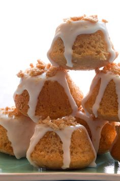 cinnamon-toast-crunch-coffee-cake-bites...my husband loves this cereal so this is a natural for us!