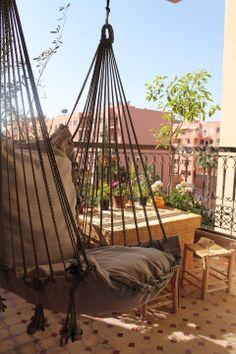 My beautifully balcony on pinterest 1040 pins for Hammock for apartment balcony