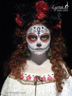 Beautiful face paint for Dia de los Muertos