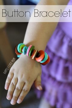 How to Make an Easy Button Bracelet