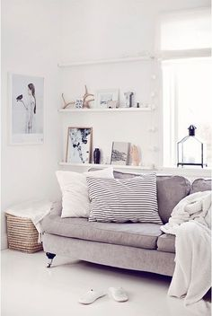 living room white, light grey