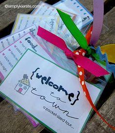 "New Neighbor Gift - ""Welcome to Town"" Printable Packet via TodaysMama.com"