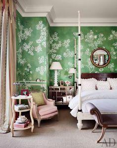 chinoiserie, romanc, romantic bedrooms, green walls, paris bedroom