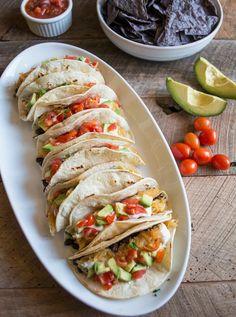 Vegetarian Spaghetti Squash Tacos bylemonsandbasil #Tacos #Spaghetti_Squash #Healthy