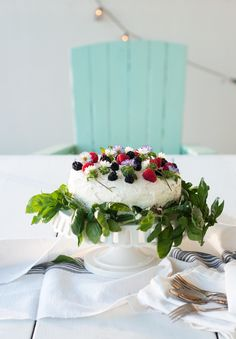 End of summer Flowering Berry Cake.