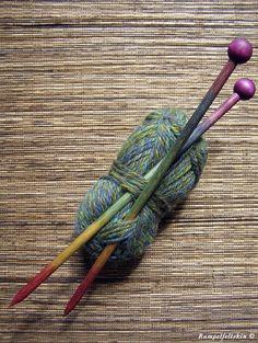 rainbow knitting needles