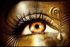gold eyes | gold eyes