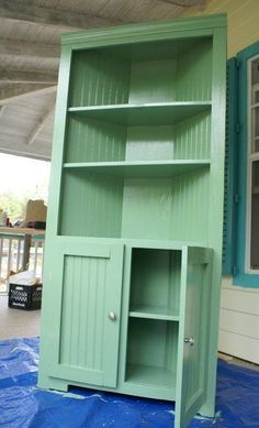 A cute self built corner cupboard for the kitchen/dining room.  Could repaint it whenever my decorating tastes change.