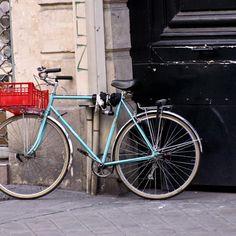 Bicycling, Paris