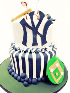 Yankees Baseball Cake Heather and Greg vow renewal?!?