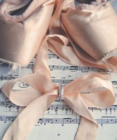 Pointe Shoe Ribbon Bow!